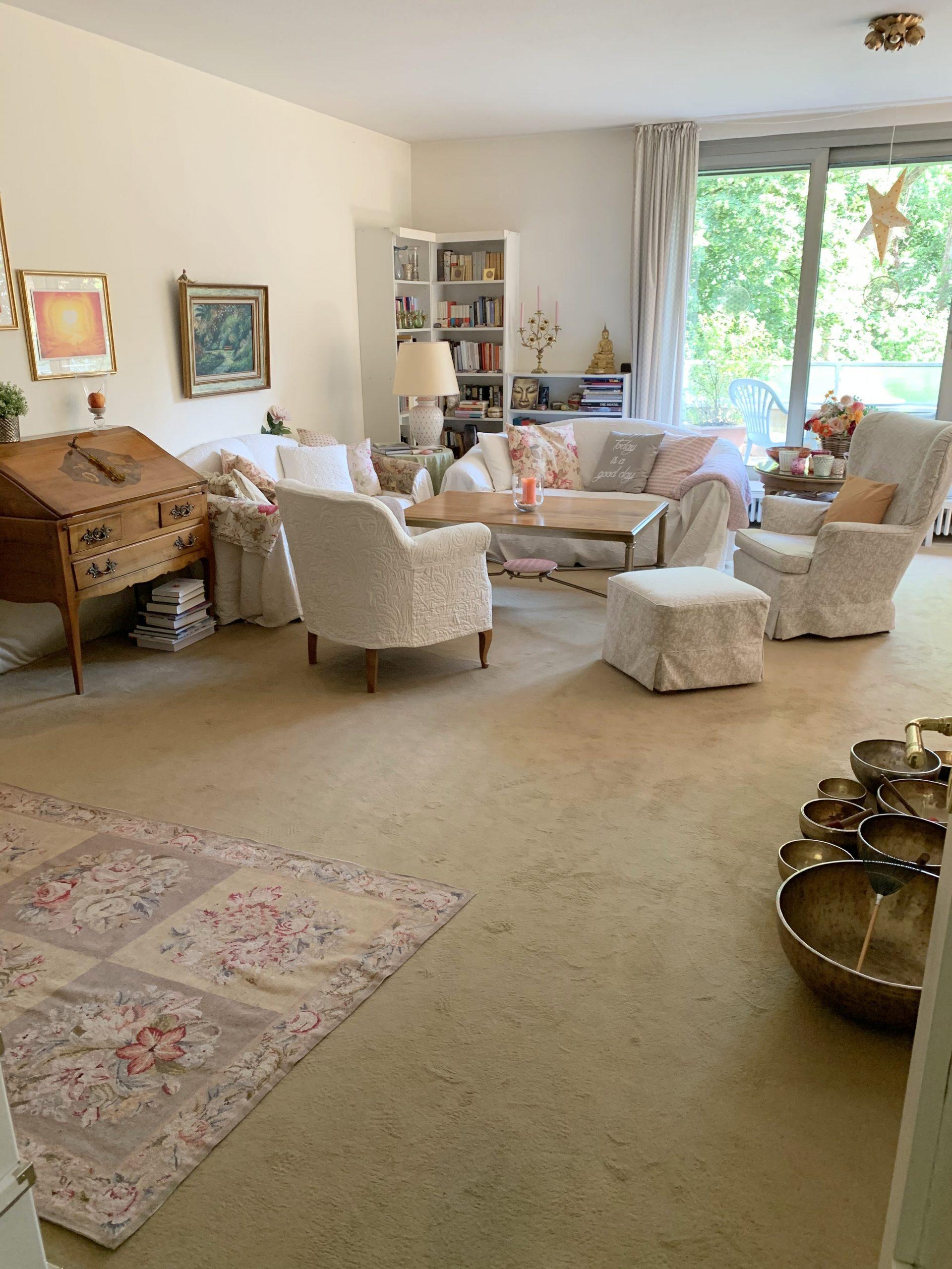 Der Münchner Süden von seiner schönsten Seite! Traumhafte 3-Zimmer-Wohnung mit Wohlfühl-Balkon in bester Lage München Harlaching