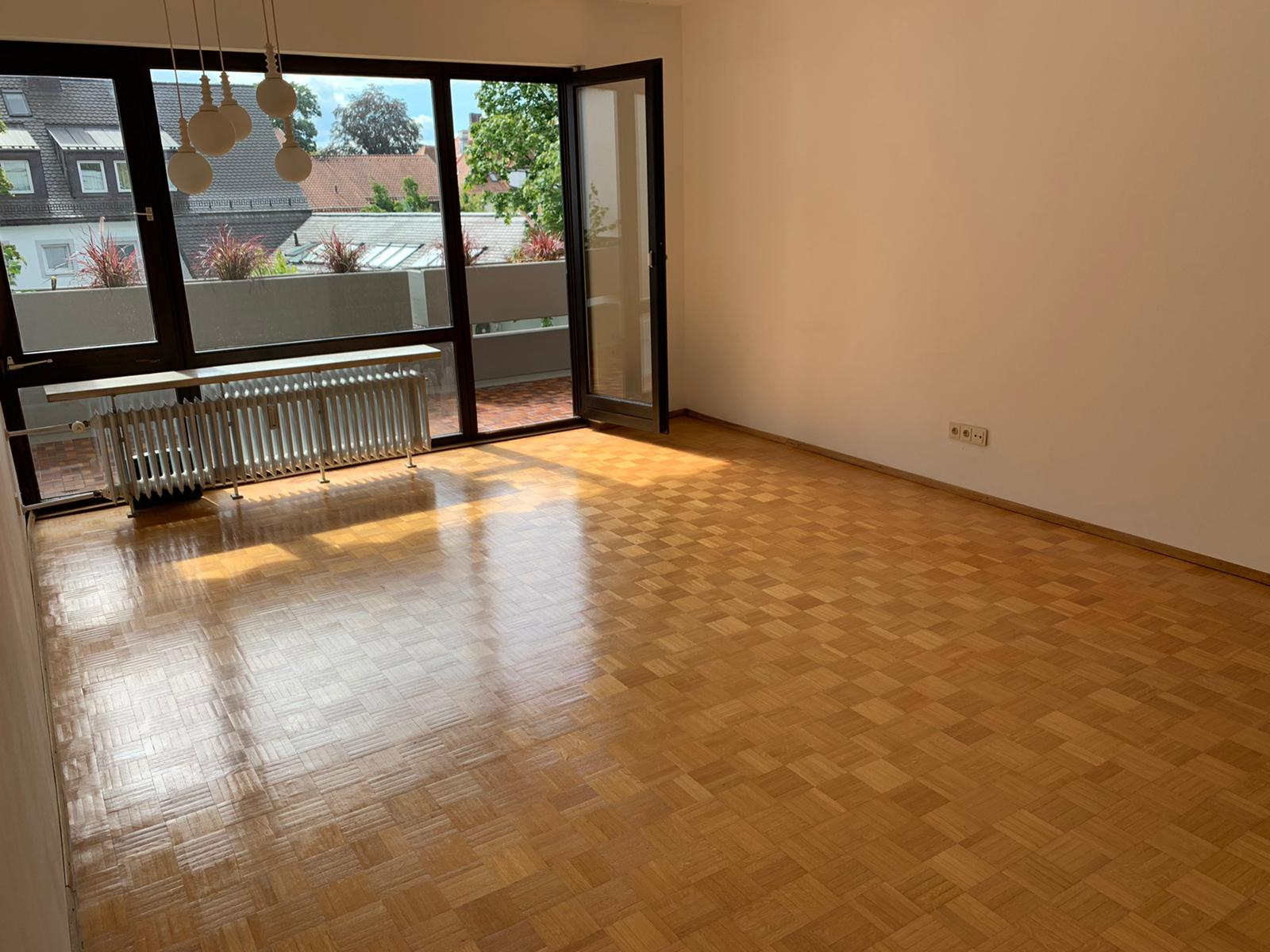 Wohnen im Herzen von Grünwald 3-Zimmer-DG-Wohnung in bester Ortskernlage